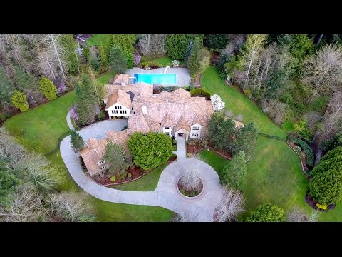 21902 NE 140th Way, Woodinville   Gated Lake of the Woods Estate