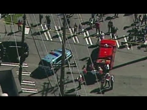 Witness describes frantic scene at Seattle shooting