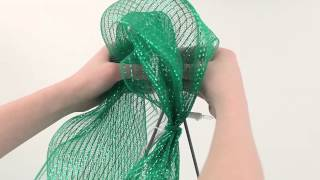 Repeat youtube video How to Make a Deco Mesh Christmas Tree
