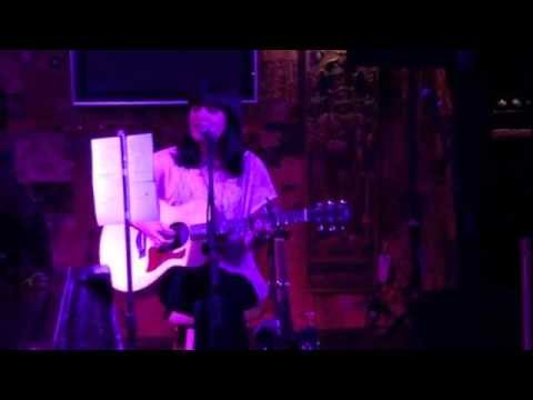 """Mia Rose Covers Bon Iver's - """"Skinny Love"""" (Live At The HOB)"""