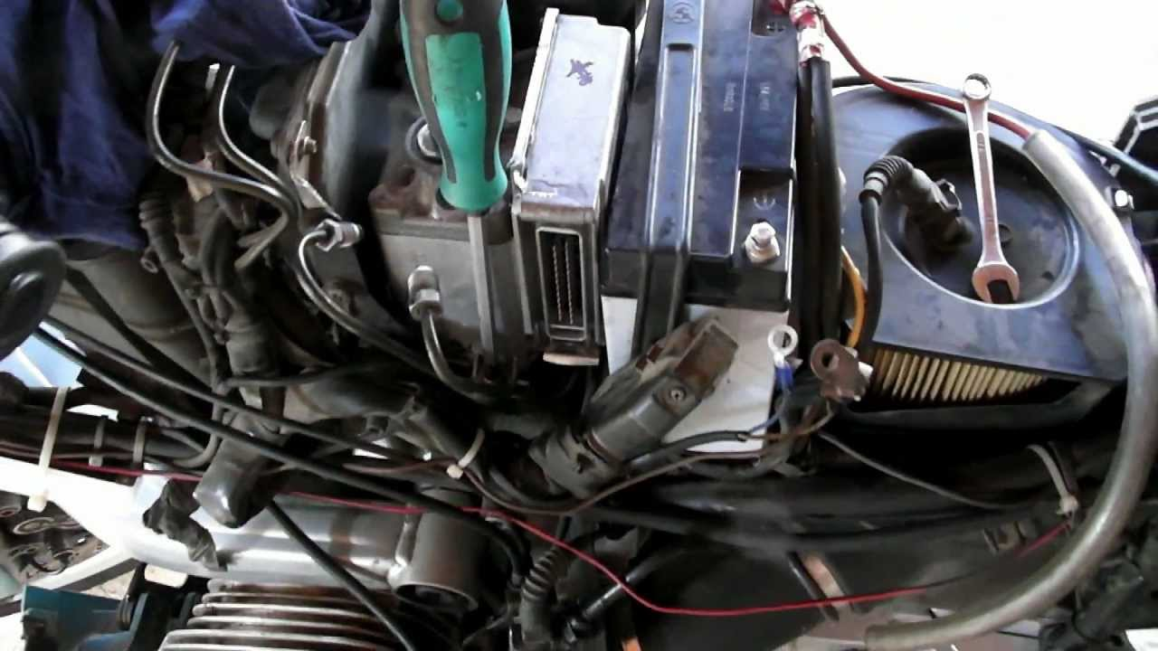 2006 Bmw Fuse Box Bmw Abs Removal Installa R1100rs Youtube