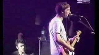 Oasis - Dont Look Back In Anger - (Live Barrowlands)