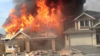 House in maple ridge bc on fire.