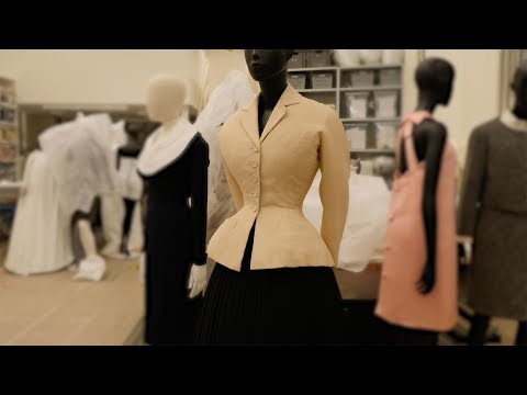 Fashion unpicked: The 'Bar' suit by Christian Dior