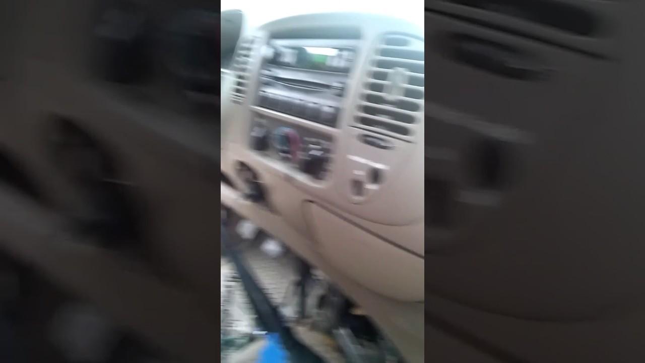 2017 Ford F 150 For Sale >> 2002 Ford f150 problema con el aire acondicionado - YouTube