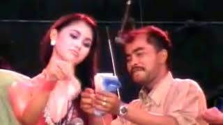 Download Video Goyang hot, saweran full.... BUGIL!!! MP3 3GP MP4