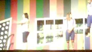 شجون ترقص مع يعقوب