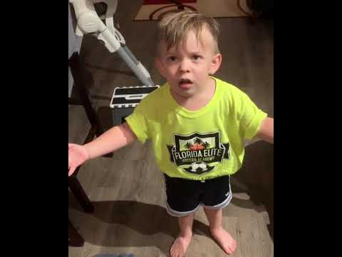 Trevor D in the Morning Show - Video Of The Day: Toddler Can't Believe His Mom Didn't Kiss Him Goodbye