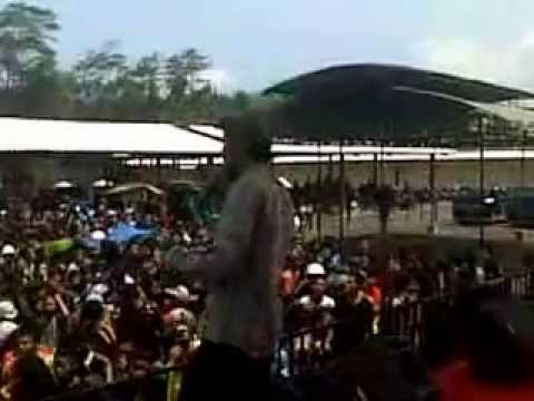 AJIBARANG REGGAE FEST (ARF) 2014 Gnarabija - could you be loved