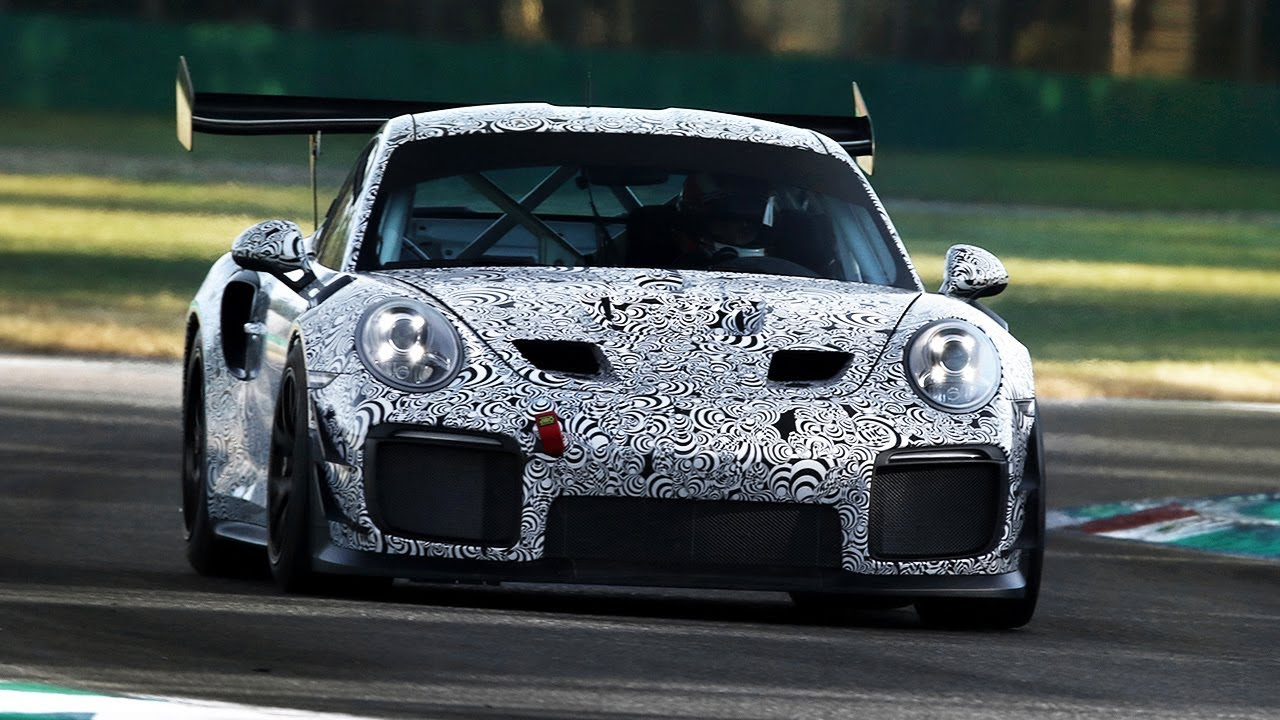 NEW Porsche 911 GT2 RS Clubsport Sound \u0026 Accelerations testing on track!