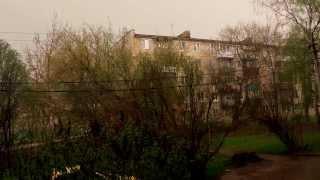 Простой летний дождь с грозой шум дождя