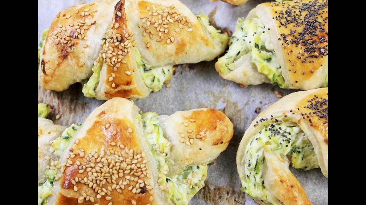 RUSTICI ZUCCHINE E RICOTTA ricetta facile zucchine croissant salati salatini con ricotta