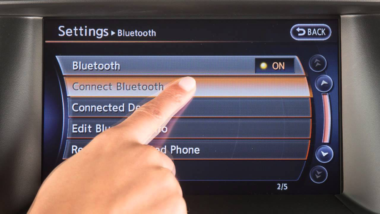 Nissan Sentra Owners Manual: Bluetooth streaming audio with Navigation System (if so equipped)