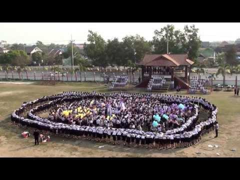 [พานพิทยาคม] บูม ม.6 ปีการศึกษา 2556 ปัจฉิมนิเทศ