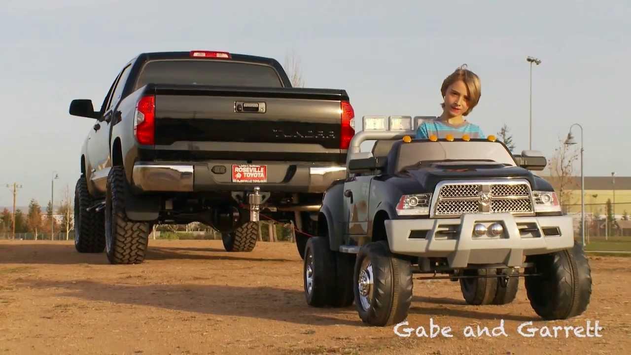 2014 Toyota Tundra vs Kid Trax Dodge Ram - Tug Of War ...