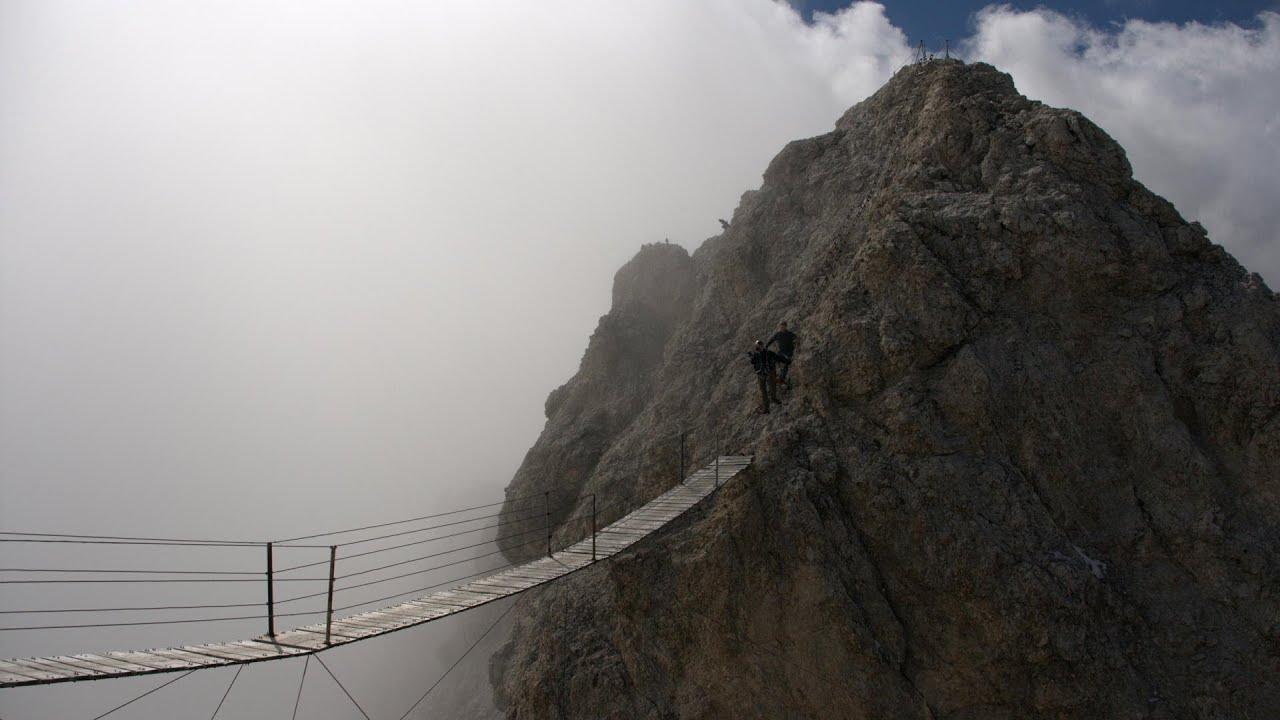 Klettersteig Dolomiten : Cliffhanger hängebrücke klettersteig action ferrata ivano dibona