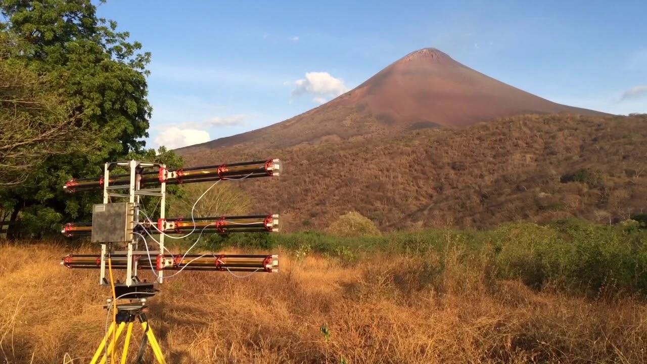 Camping Toilet Gamma : Gamma portable radar interferometer at momotombo volcano youtube