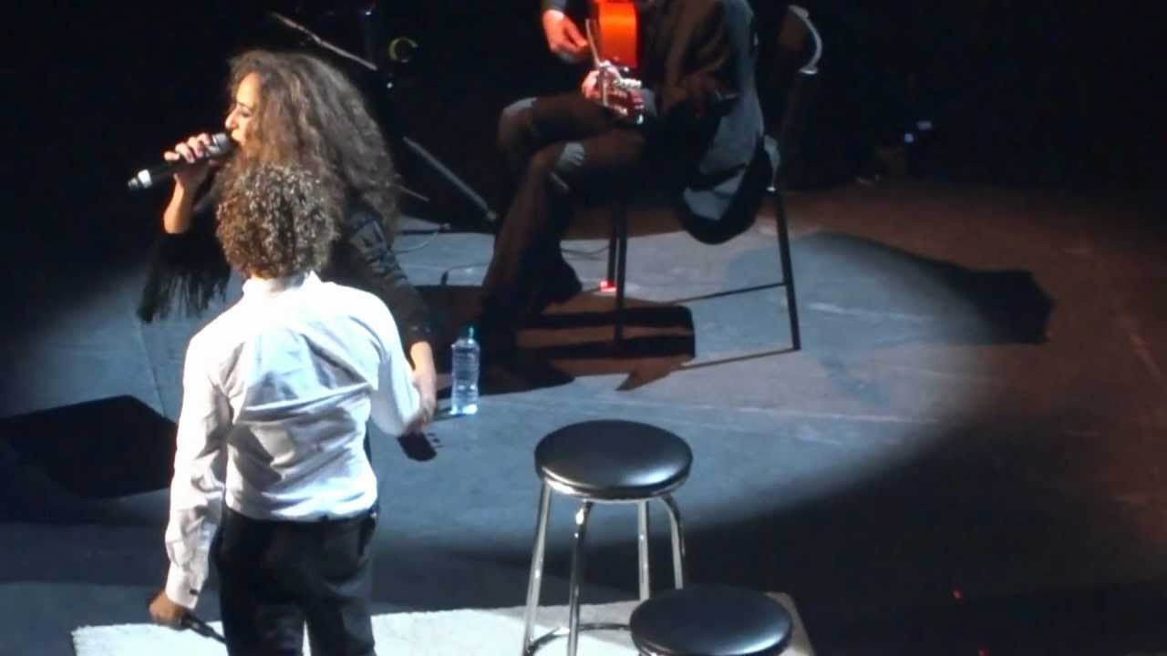 lucia-rosario-flores-y-david-bisbal-royal-albert-hall-26-09-2012-esther-felices