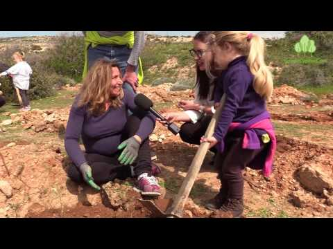 Over 1000 trees planted with more than 200 volunteers participating in GreenCyprusCom major event!