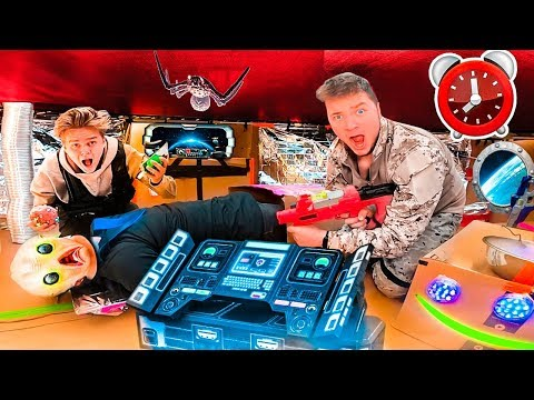 24 HOUR OVERNIGHT CHALLENGE IN ALIEN UFO BOX FORT