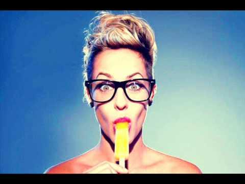 Tiffany Dunn - Make Me Sick.wmv