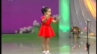 اصغر بنت تغني بالصيني