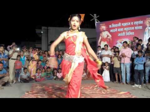 Reshmachya reghani Hip pop dans