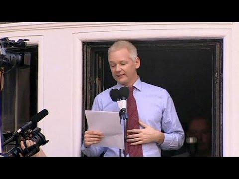 Assange loses bid to have arrest warrant overturned
