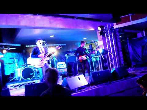 End Of Fashion - Fussy (Live at the Northbridge Festival)