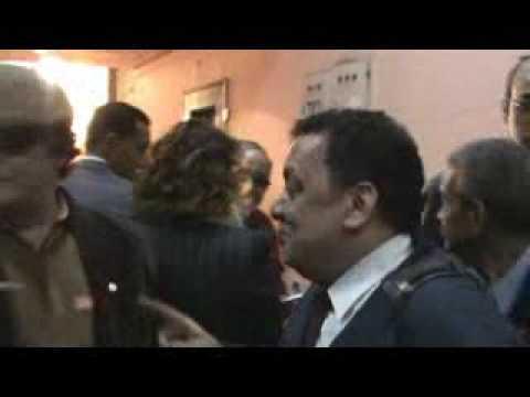 الشاعر والكاتب المسرحى عبدالغنى مصطفي مع الفنان الكوميدي محي إسماعيل في لقاء إنتخابات إتحاد كتاب مصر