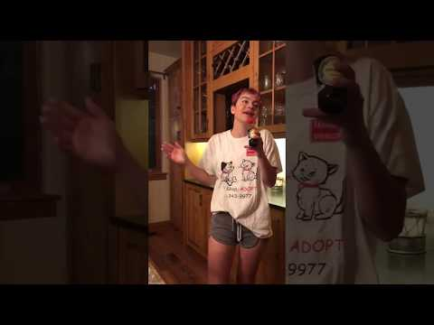 girl from twitter singing fly me to the moon