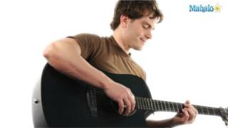 How to Play in a Gadda Da Vida by Iron Butterfly on Guitar