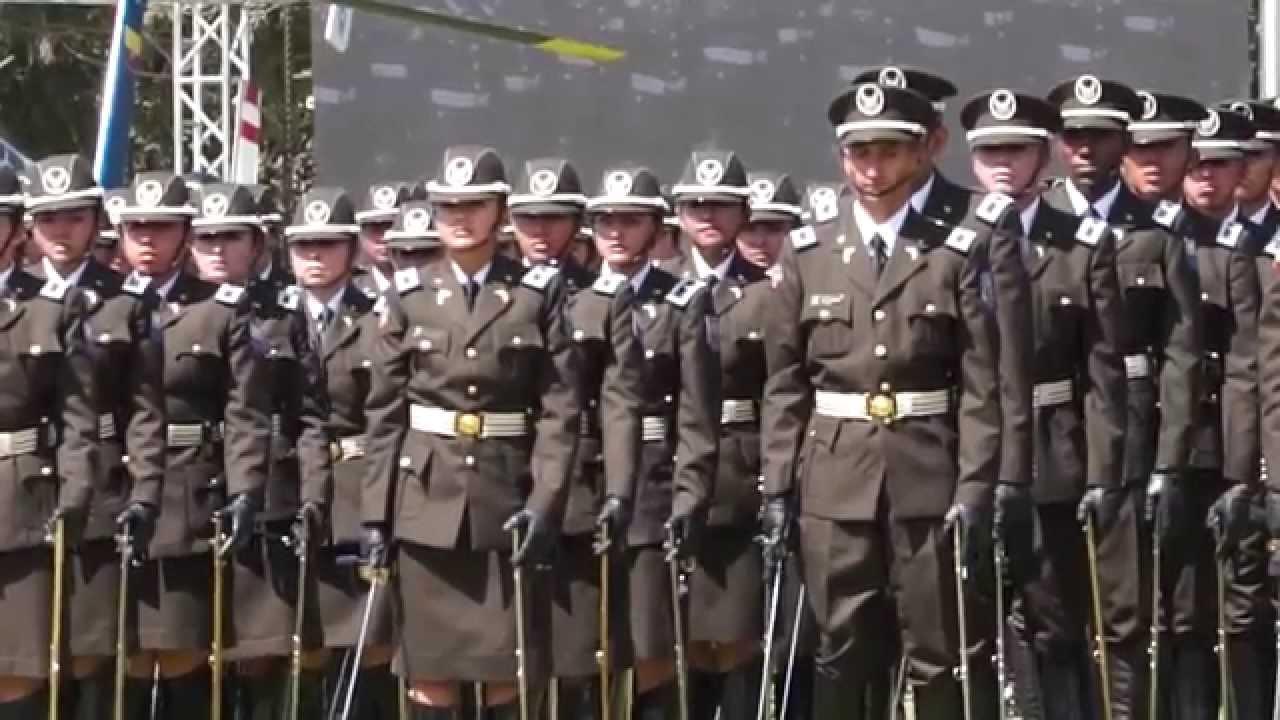 Polic a nacional festej 77 a os de profesionalizaci n con los mejores resultados de su for Ministerio policia nacional
