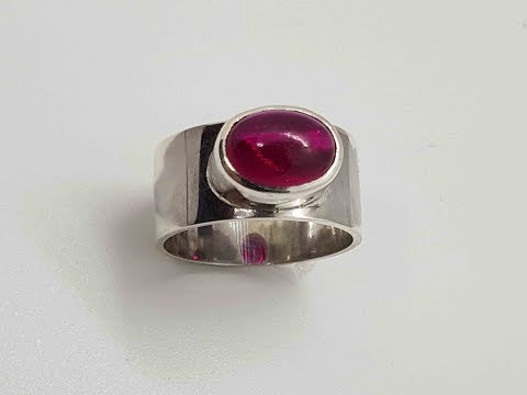 Oval cabochon ring preview