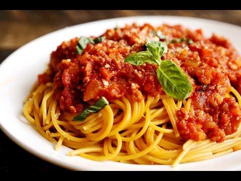 Как приготовить спагетти (пасту) с соусом А-ля Болоньезе простой рецепт