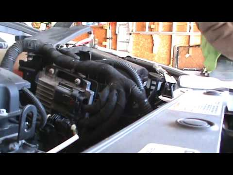 2014 chevy cruze battery replacement youtube 2014 chevy cruze fuse box diagram