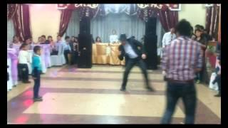 Батон на свадьбе у Ержана и Айнуры