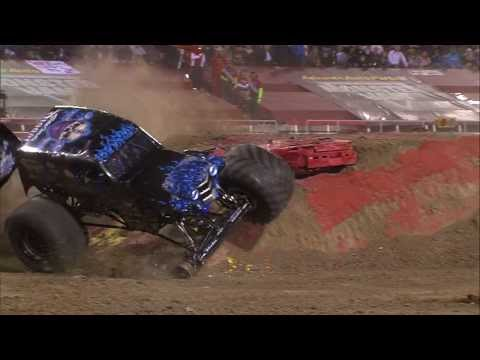 Monster Jam - Son-Uva Digger Freestyle from Las Vegas - March 23, 2013