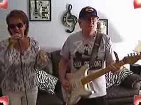 how to play long cool woman by the hollies