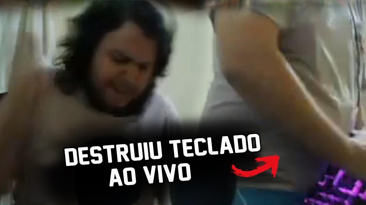 STREAMER DESTRÓI O TECLADO DE RAIVA - TOP CLIPS #21