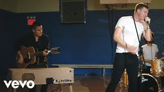 Hamilton Leithauser + Rostam - A 1000 Times (Official Video)