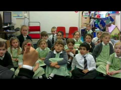 Wellington Nursery school children learning hindi