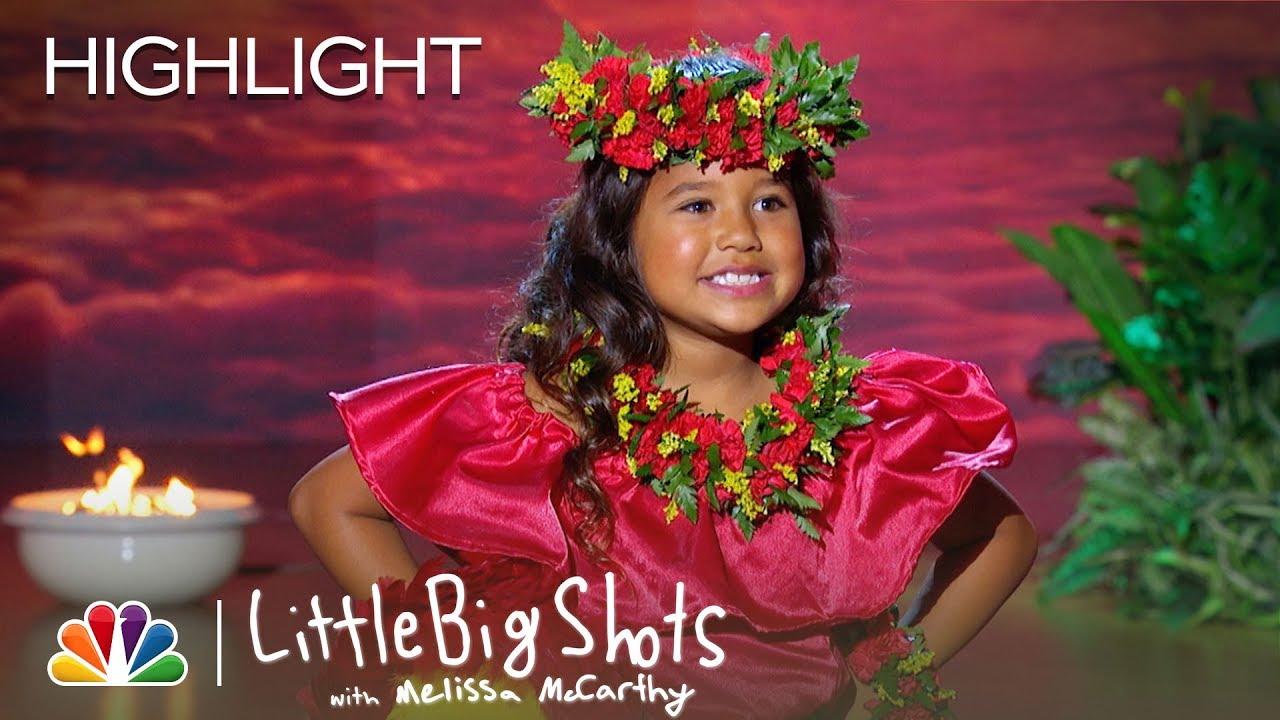 Hawaiian Dancer Hunnay Performs Hula as Keala Settle Sings - Little Big Shots