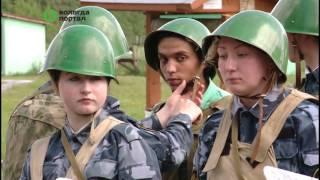 С работой кинологов и сотрудников ОМОНа познакомились участники проекта «Неделя в армии»