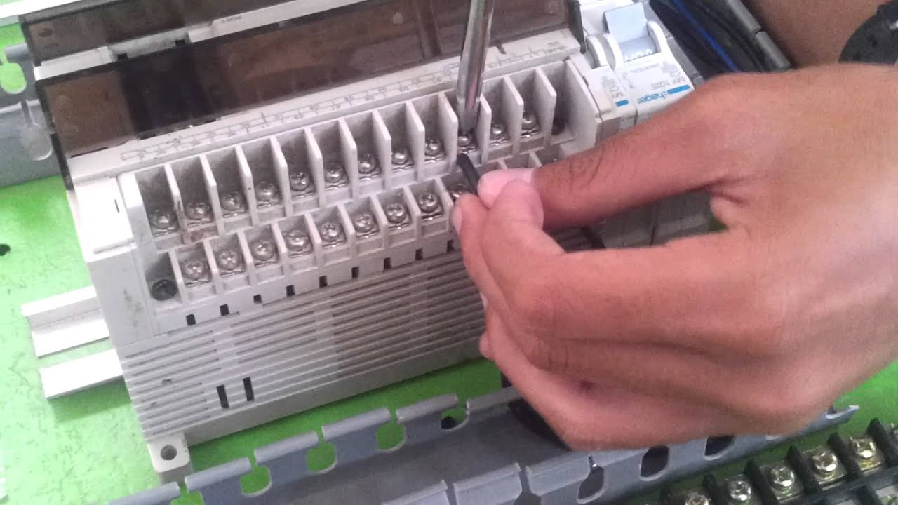 Wiring Plc Omron Cpm2a Youtube