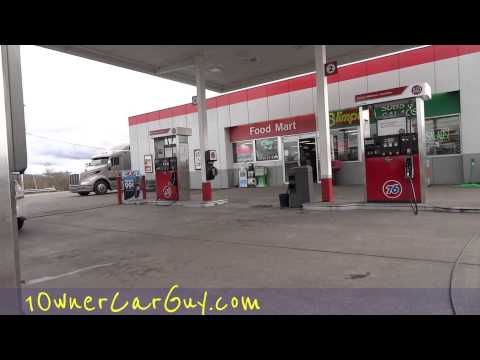 Funny Gas Attendant Oregon Gas Station Local Interaction Attendant Pumping Fuel I
