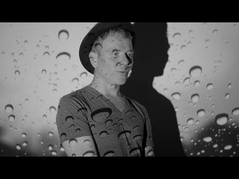 "Belle And Sebastian - ""Sister Buddha"" (Official Music Video)"