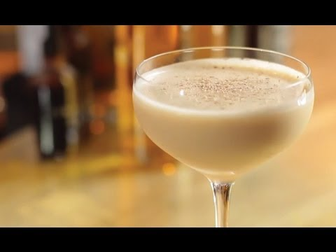 How To Make A Brandy Alexander Cocktail - Liquor.com