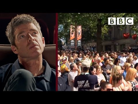 Noel Gallagher reflects on Don't Look Back In Anger | Reel Stories - BBC