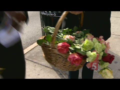 Country Star 'Flower Bombs' Nashville